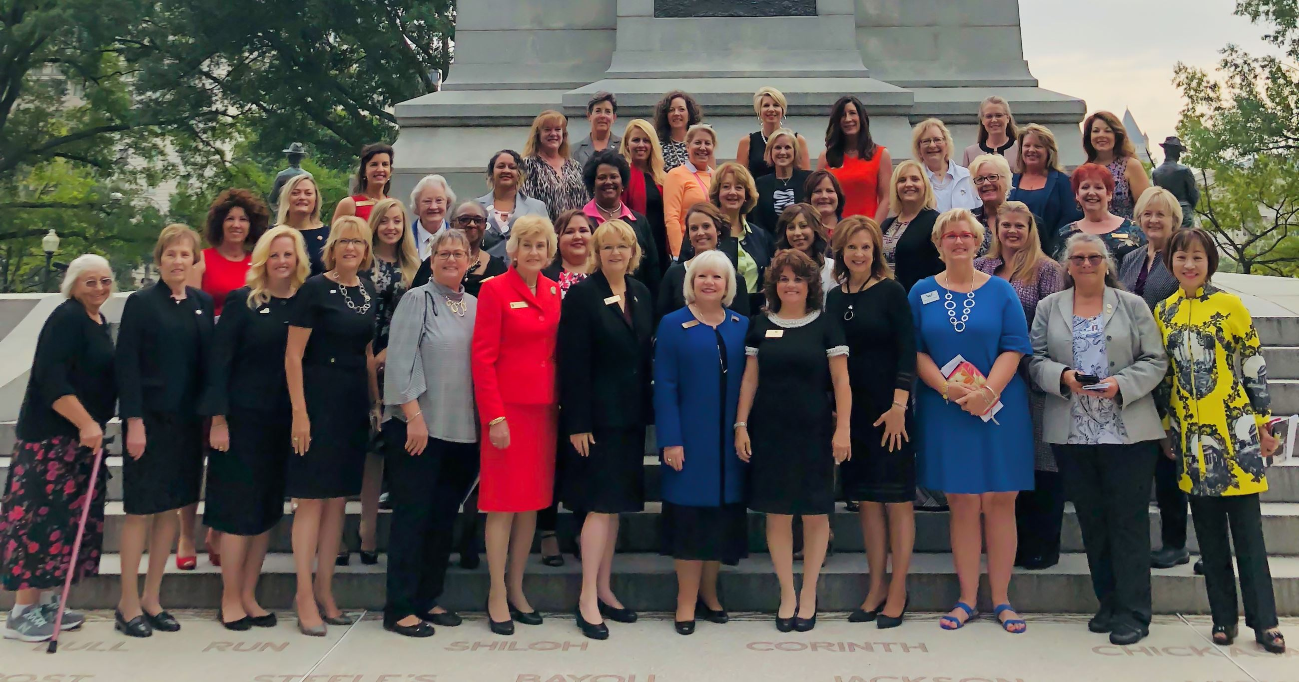 women mayors of america gathered for a picture September 20, 2018